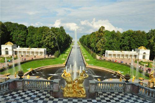 Автобусный тур в Санкт Петербург «Шедевры Северной столицы» с 28 июля по 1 августа 2016
